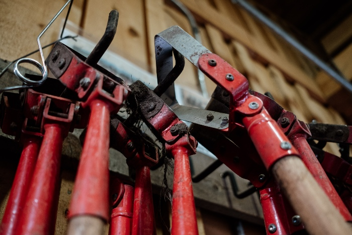 Stirrup hoes in the tool shed. /Credit: Alex Chabot